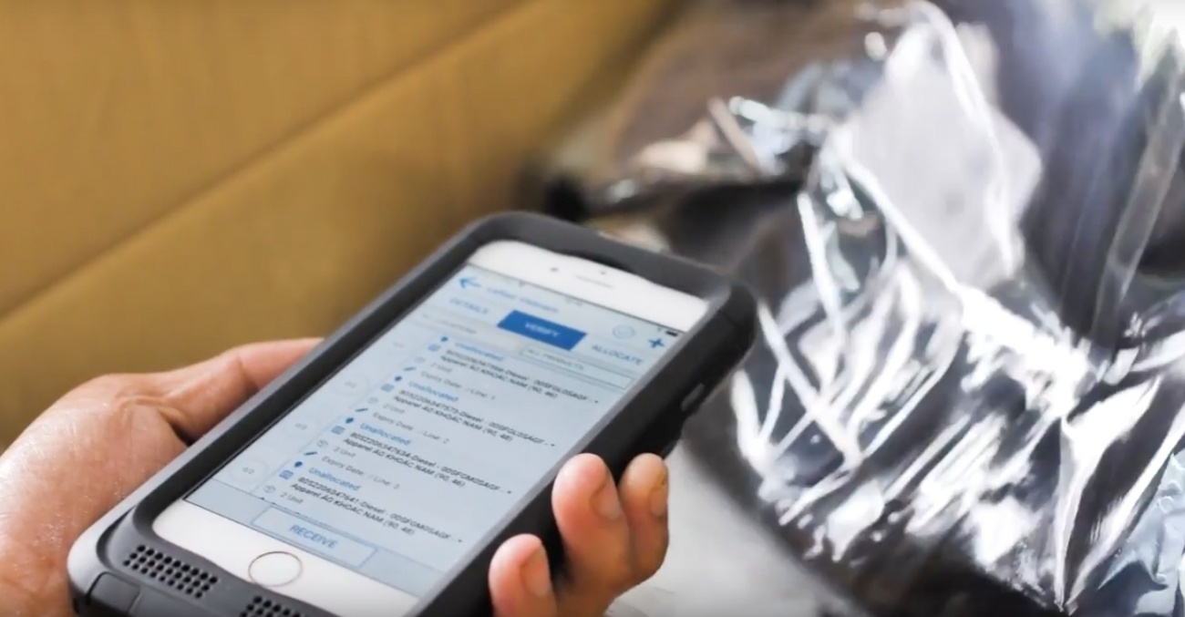 Mobile_Iphone_Scanner_warehouse_management_system