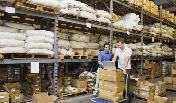implement a warehouse system